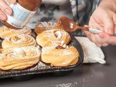 Cruffins sind der neueste Backtrend aus den USA. Wir haben das Rezept für die Kreuzung aus Croissants und Muffins.