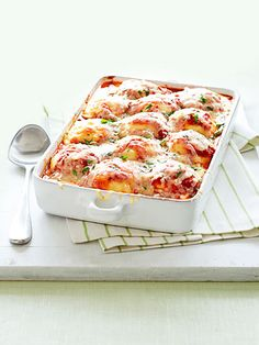 Jazz up your frozen ravioli with this recipe for Ravioli-Green Bean Lasagna.