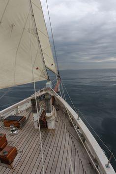 Deseo recorrer el mundo en un velero....one day