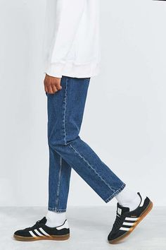Slide View: 5: Loom Flat Blue Wash Tapered Dad Jeans