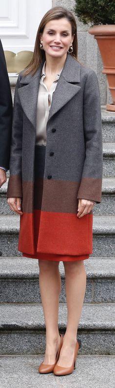 La reina de Hugo Boss. Zapatoa de Uterque. 01.02.2017