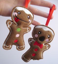 Zombie Gingerbread Man Xmas Decor: i have this pattern for xmas presses - helen - Christmas Makes, Felt Christmas, Handmade Christmas, Christmas Holidays, Christmas Ornaments, Gingerbread Ornaments, Felt Ornaments, Gingerbread Man, Mistletoe And Wine