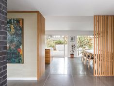 SHED Architecture & Design's ranch-style house remodel project in Seattle's Madison Park featuring a new kitchen, bath and modern exterior. Mid Century Ranch, Mid Century House, Modern Exterior, Interior And Exterior, Interior Ideas, New Foto, Seattle, Ranch Style Homes, Open Layout