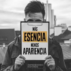 Más esencia menos apariencia. Vive según tus principios y valores. Some Quotes, Best Quotes, Motivational Phrases, Inspirational Quotes, Learning Quotes, Life Advice, Bible Quotes, Slogan, Coaching