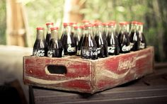 vintage-coca-cola-bottles-wallpapers_35771_1920x1200.jpg (1920×1200)