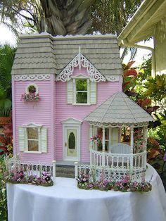Anna Belle will have a dollhouse like this.