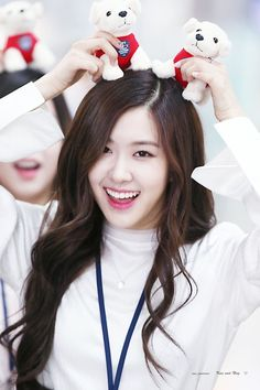 Top hot photos of ROSE Blackpink – Jennie Kim Jennie, Kpop Girl Groups, Korean Girl Groups, Kpop Girls, Divas, Suga Instagram, K Pop, Arm Sleeve, Foto Rose