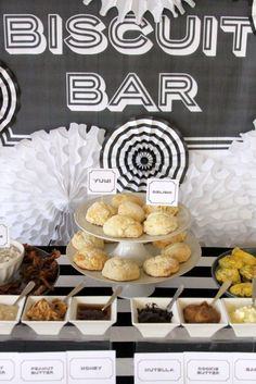 Comfort Food Favorites for Your Wedding Reception | Craving something new for your wedding menu? This might just be the coolest idea for a brunch wedding, bridal shower or rehearsal brinner! A homemade biscuit bar with assorted jams and gravy is the ultimate food station.