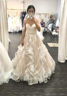 Stella York 6432 New Wedding Dress Save Elegant Wedding Gowns, Country Wedding Dresses, White Wedding Dresses, Boho Wedding Dress, Bridal Dresses, English Wedding Dresses, Budget Wedding Dress, Wedding Blush, Gown Wedding