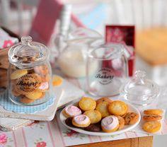 Miniature Cookie Assortment por CuteinMiniature en Etsy