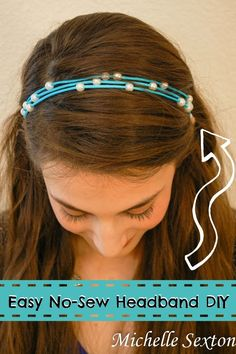 Here's a quick and easy No-Sew Headband DIY that takes 15 minutes or less to make. Click through for instructions.