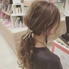 くるりんぱの次にくるのは「タルん結び」☆わかりやすい動画付き! Hair Arrange, Aesthetic Hair, Hair Setting, Work Hairstyles, Japanese Hairstyle, Hair Reference, About Hair, Hair Designs, Prom Hair