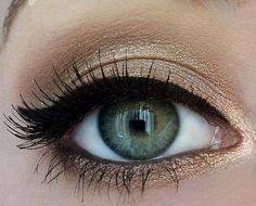 Augen bronze Farbe Schminken Tipps Ideen Kajal