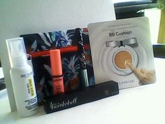 My glam bag of june!!! Love it!!!! Specially the bb of laneige amazing!!!!!! #ipsy #Michelle Phan