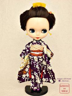KIMONOnoMIRAI Antique silk kimono of real thing, for dolls Licca,Blythe,DAL Pur.