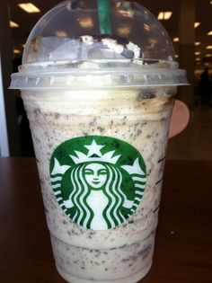 STARBUCKS - COLD DRINK : WHITE DOUBLE CHOCOLATE CHIPS WITH WHITE MOCA AND WHIPPED ON TOP !! THOESE DRINK SO GOOD !!