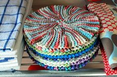 Want to learn short rows so I can make this - Crazy eights dishcloth …