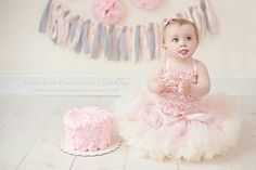 Love the fluffy pink icing and tutu cake smash dis sooooo sweet Pink Smash Cakes, Baby Cake Smash, 1st Birthday Cake Smash, Baby Girl First Birthday, 1st Birthday Pictures, Birthday Ideas, Tutu Cakes, Cake Smash Photography, Cake Smash Photos