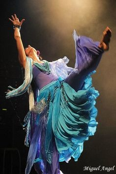 Miriam Gala - flamenco fusion #dance #flamenco #dancer
