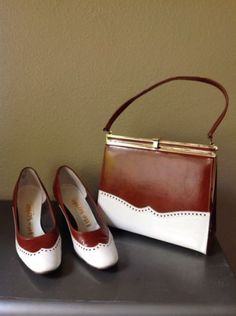 Vintage, Matching Spectator Shoes & Purse Set, By Life Stride, Sz 8 Vintage Purses, Vintage Bags, Vintage Handbags, Vintage Shoes, Vintage Outfits, Vintage Fashion, 1930s Fashion, Victorian Fashion, Look Vintage