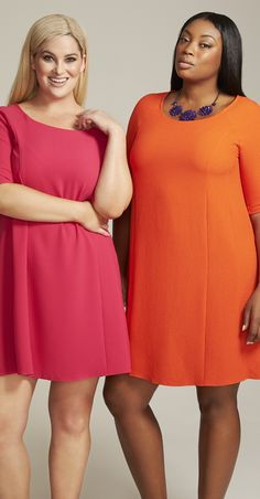 Short Casual Christmas Party Dresses in Plus Size. Real dresses that you might w Trendy Plus Size Clothing, Plus Size Dresses, Plus Size Outfits, Plus Size Fashion, New Party Dress, Holiday Party Dresses, Party Dresses For Women, Dresser, Batik Fashion