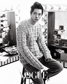 'Superstar K4′s Roy Kim and Jung Joon Young pair up for 'Vogue Korea'