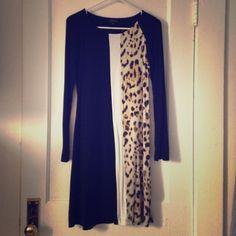 Karen Kane Leopard Dress Long sleeve cotton Karen Kane Dress, shows a little wear but still in good condition, very comfortable! Karen Kane Dresses Long Sleeve