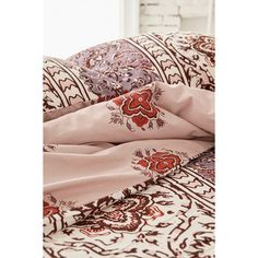 Magical Thinking Boho-Stripe Duvet Cover ($129) ❤ liked on Polyvore featuring home, bed & bath, bedding, duvet covers, king size bedding, bohemian bedding, magical thinking bedding, stripe bedding and king size duvet insert