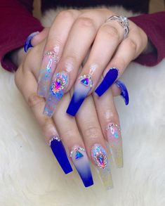 Blue can be reminiscent of the sky and the ocean It feels very pure It looks good and feels peaceful The blue manicure is also very good Different blues give people a completely different feeling Today I recommend to you 33 best Blue nail art designs Bling Acrylic Nails, Glam Nails, Best Acrylic Nails, Dope Nails, Bling Nails, Acrylic Nail Designs, Nail Art Designs, Purple Nails, Blue Nail