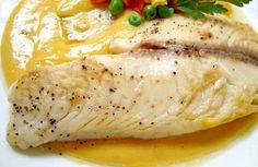 PESCADO EN SALSA DE MANGO Fish Recipes, Lunch Recipes, Seafood Recipes, Mexican Food Recipes, Healthy Recipes, Spanish Recipes, Healthy Meals, Recipies, Seafood Dishes
