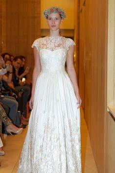 Immagine di https://fashionbride.files.wordpress.com/2013/05/lethicia-bronstein-9.jpg?w=427.