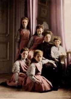 Редкие цветные фотографии Царской семьи, 1894 - 1915