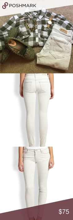 True Religion Natural Victoria Skinny Ankle Jean This Rare True Religion jean is a must have. It is made of 90% cotton, 6% elasterell-p, and 4% elastane. Great fit and priced to sell! Grab it quick before someone else does! True Religion Jeans Skinny