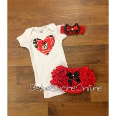 Definitely getting this for Abby. Looking forward to a UGA newborn photo!
