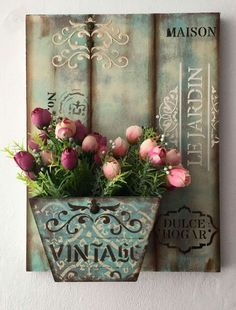 Diy Tutorial and Ideas Decoupage Box, Decoupage Vintage, Arte Pallet, Wood Crafts, Diy And Crafts, Garden Shelves, Creation Deco, Country Crafts, Altered Art