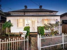http://www.realestate.com.au/property-house-vic-essendon-118175983