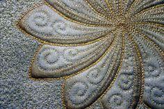 Freehand quilting Metallic Yarn> BERNINA Blog