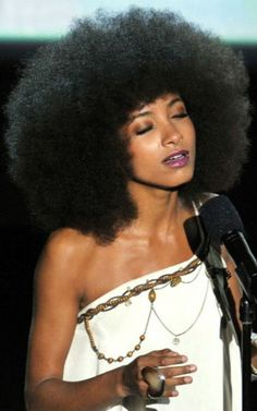 Esperanza rocking her Afro