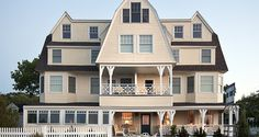 The Tides Beach Club – the only waterfront hotel on Goose Rocks Beach, located at 254 Kings Highway Kennebunkport, ME. This lovely beachfront hotel features 21 guest rooms, including two oceanfront suites, inspired and furnished by Jonathan Adler.