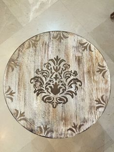 Designed by HaniehRad 9364987010 Iranian de. Furniture Makeover, Furniture Decor, Painted Furniture, Chalk Paint Projects, Small Wood Projects, Stencil Painting, Painting On Wood, Antique Mailbox, Crafts For Seniors