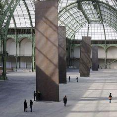 Sculpture Work / Richard Serra: Promenade for Monumenta 2008 📷 : Lorenz Kienzle . .  #paris #installation #steel #architecture #balance #gravity #sculpture #richardserra #design #minimalism #minimalistart #modernismmarenforme