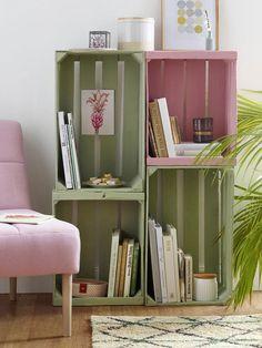 Kreidefarben liegen nicht nur voll im Trend, sie sind auch noch echte Allround-Talente. Wir frischen mit ihnen Kleinmöbel und Wohnaccessoires auf.
