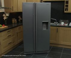 Samsung A-Series RSA1RTMG Freestanding American Fridge Freezer - Gun Metal