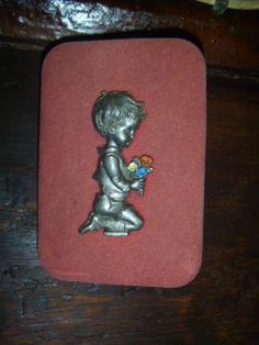 Found in France  Decorative Wall Plaque  Praying by CreuseCurios, €15.00