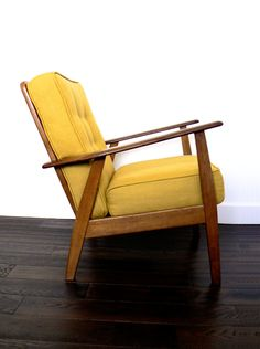 Retro Chair Designs For Vintage Home Furniture Vintage Dining Chairs, Black Dining Room Chairs, Wayfair Living Room Chairs, Shabby Chic Table And Chairs, Bar Chairs, Office Chairs, Retro Chairs, Modern Chairs, Yellow Chairs