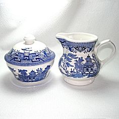 Churchill Blue Willow Creamer And Sugar Set