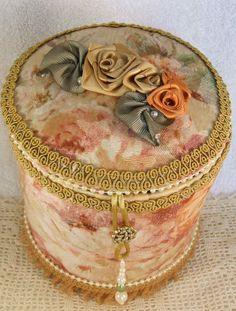 Victorian round keepsake box
