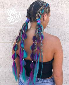 Festival Hair Ideas, So You Can Whip Your Hair Back and Forth All Weekend Long, - hair - cheveux Box Braids Hairstyles, Down Hairstyles, Festival Hairstyles, Coachella Hairstyles Short, Long Braided Hairstyles, Hairstyle Photos, Crazy Hairstyles, Long Haircuts, Christmas Hair