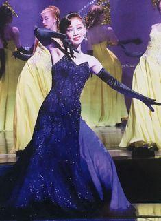 真彩希帆 Revolution, Costumes, My Favorite Things, Female, Music, Snow, Musica, Musik, Dress Up Clothes