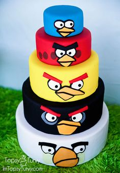 Angry Birds cake by Topsy Turvey